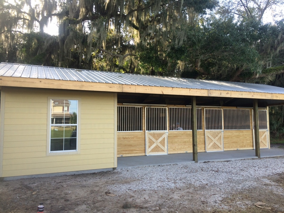 An additional outbuilding built entirely by green construction